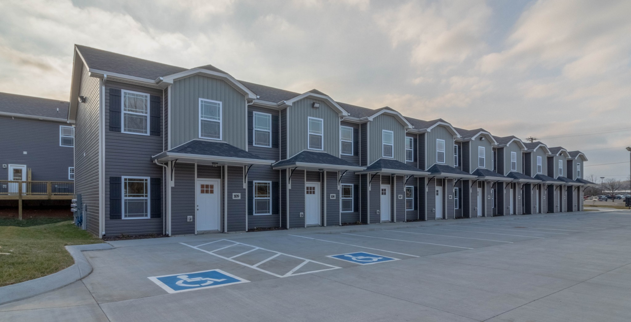 1101 Riverwood Place #402 Property Photo