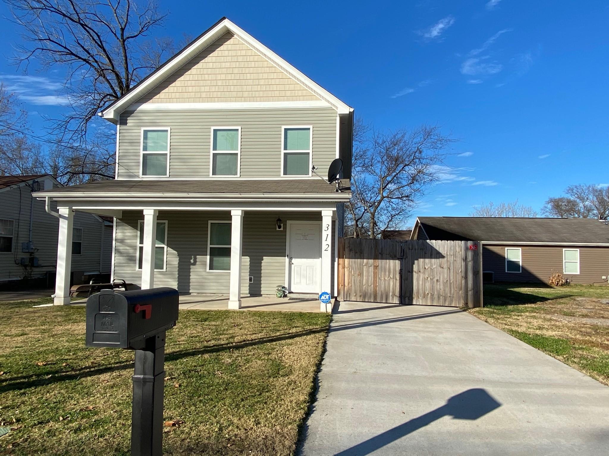 37130 Real Estate Listings Main Image