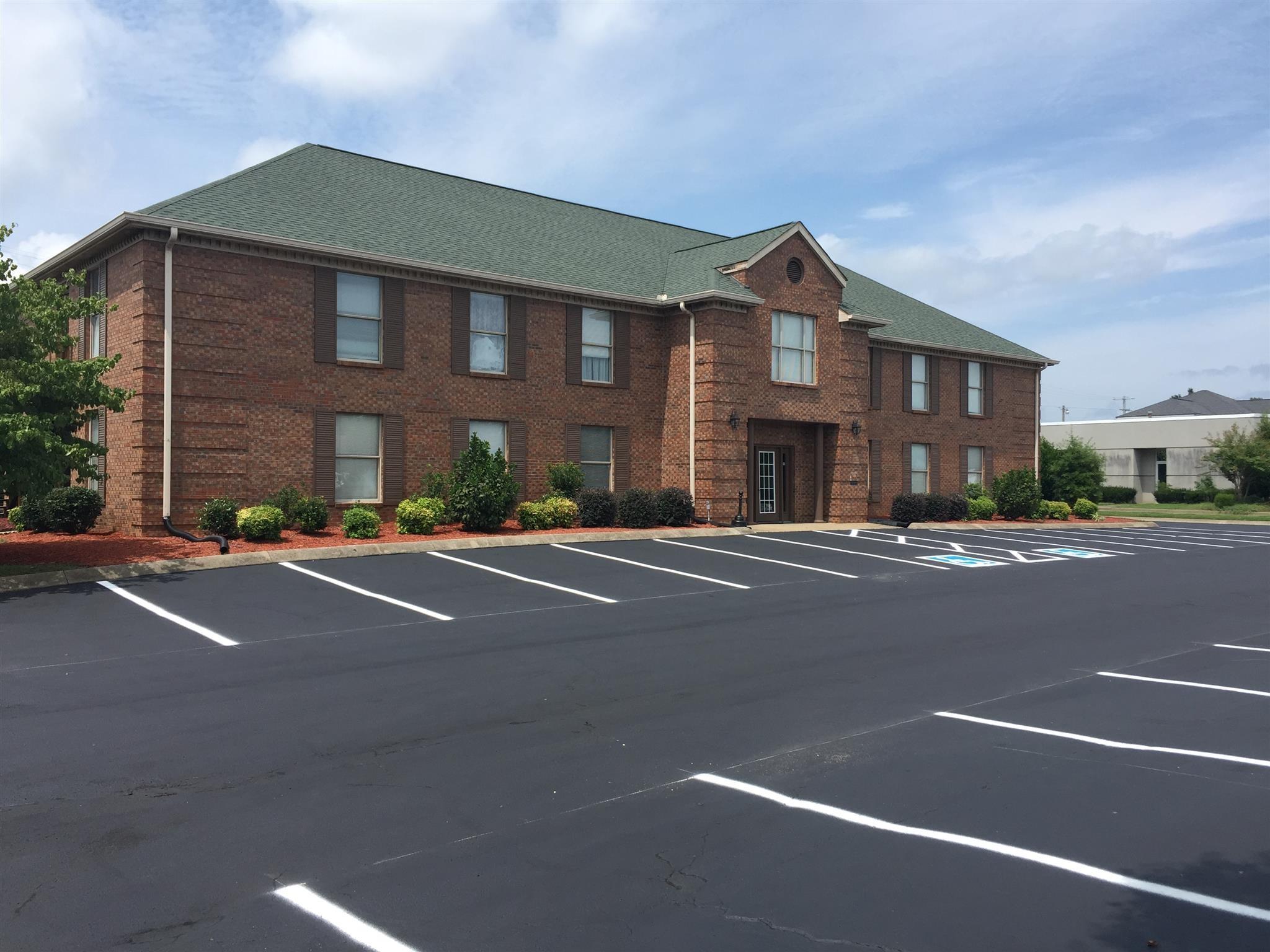 130 Hillcrest Dr Suite #213 Property Photo