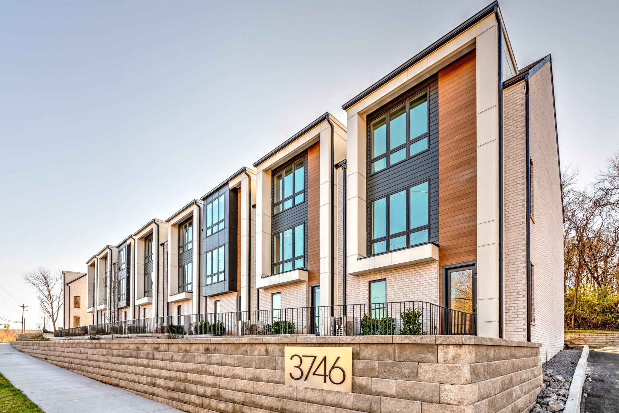 6teenoncentral Real Estate Listings Main Image