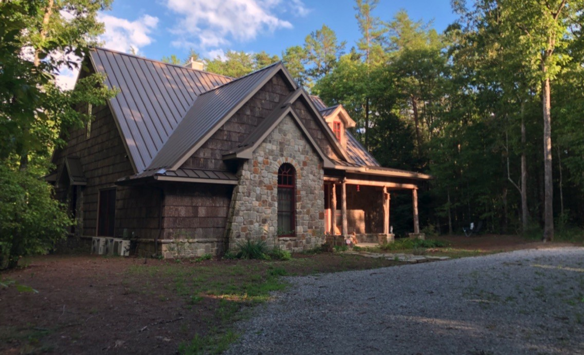 1384 Savage Highland Dr Property Photo - Coalmont, TN real estate listing