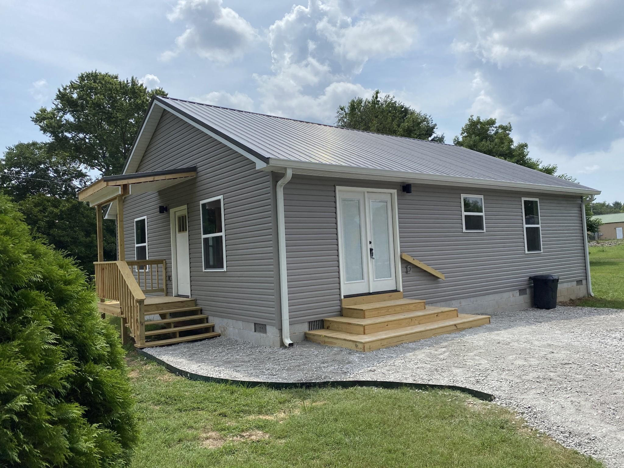 516 Davis St Property Photo - Cowan, TN real estate listing