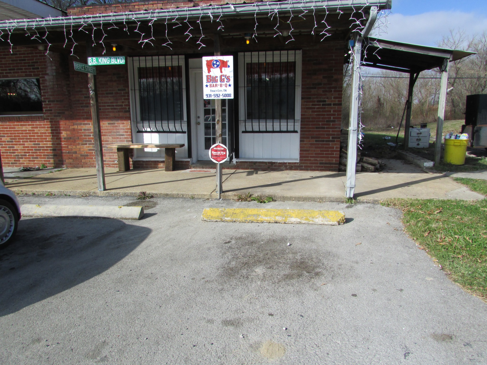 333 Railroad Ave Property Photo - Tracy City, TN real estate listing