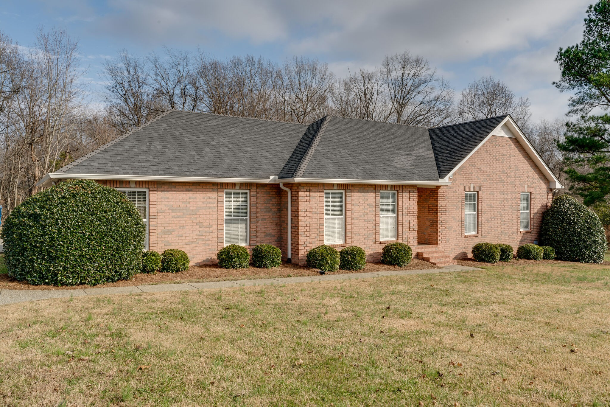 139 Raymond Hodges Rd Property Photo - Cottontown, TN real estate listing
