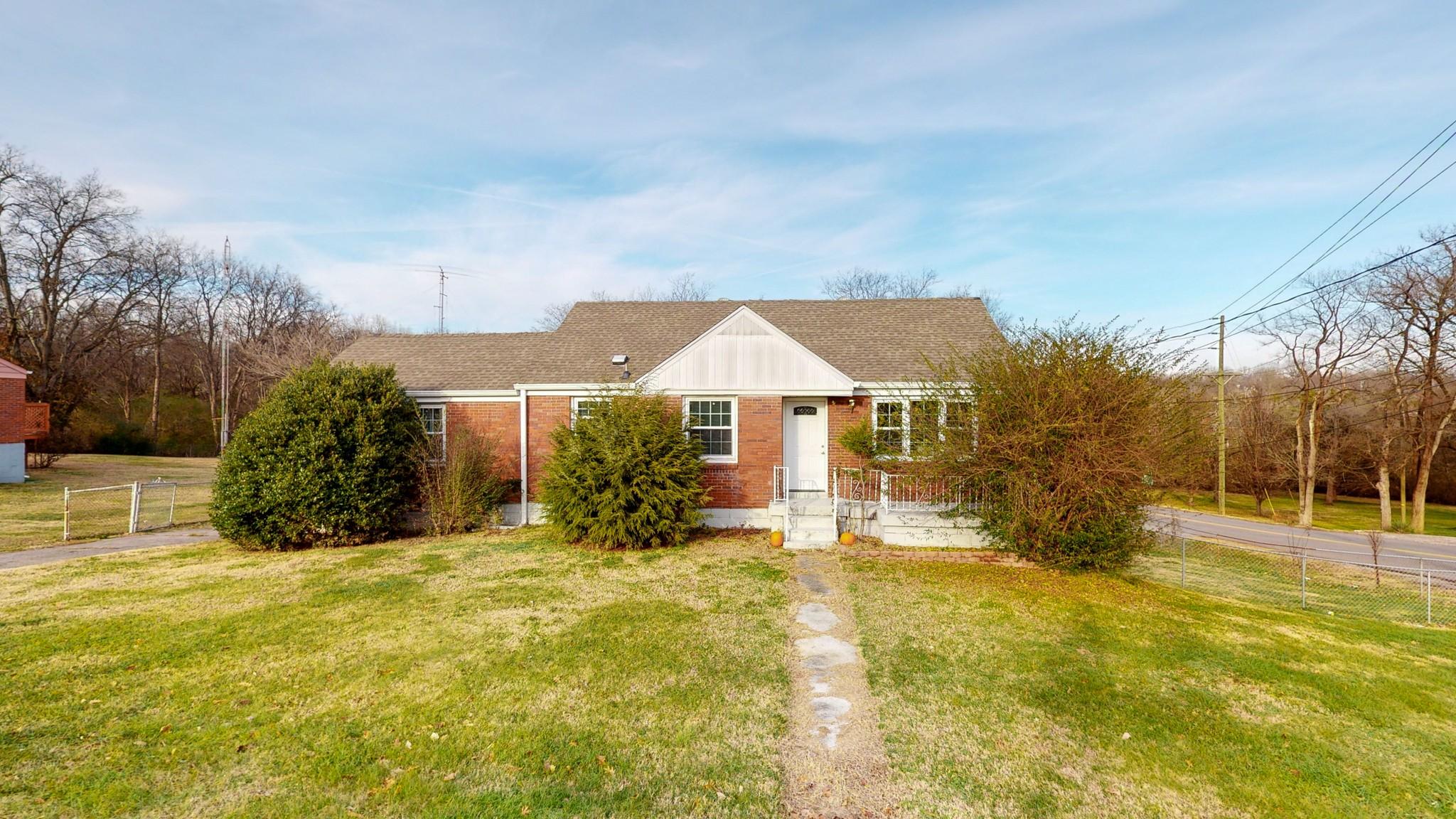 819 Neelys Bend Rd Property Photo