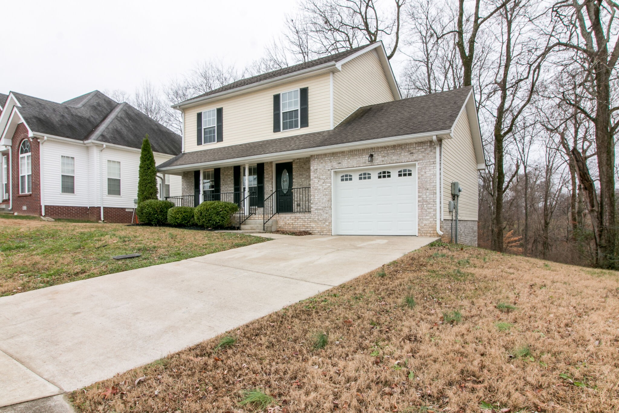 2712 Arthurs Ct Property Photo - Clarksville, TN real estate listing