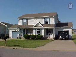 811 Flyer Ct Property Photo - Oak Grove, KY real estate listing