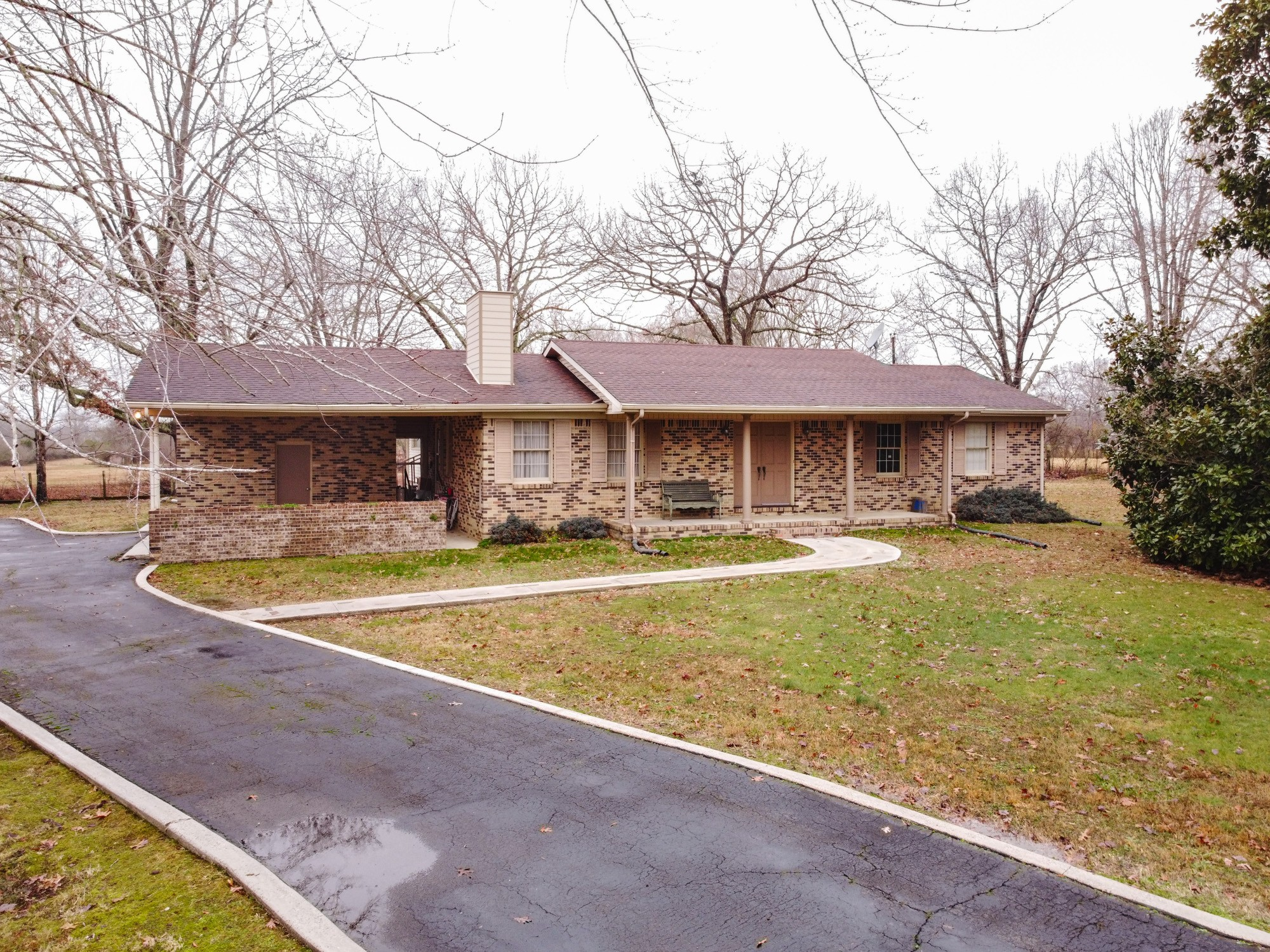 754 Kourtwood Ln Property Photo - Tullahoma, TN real estate listing