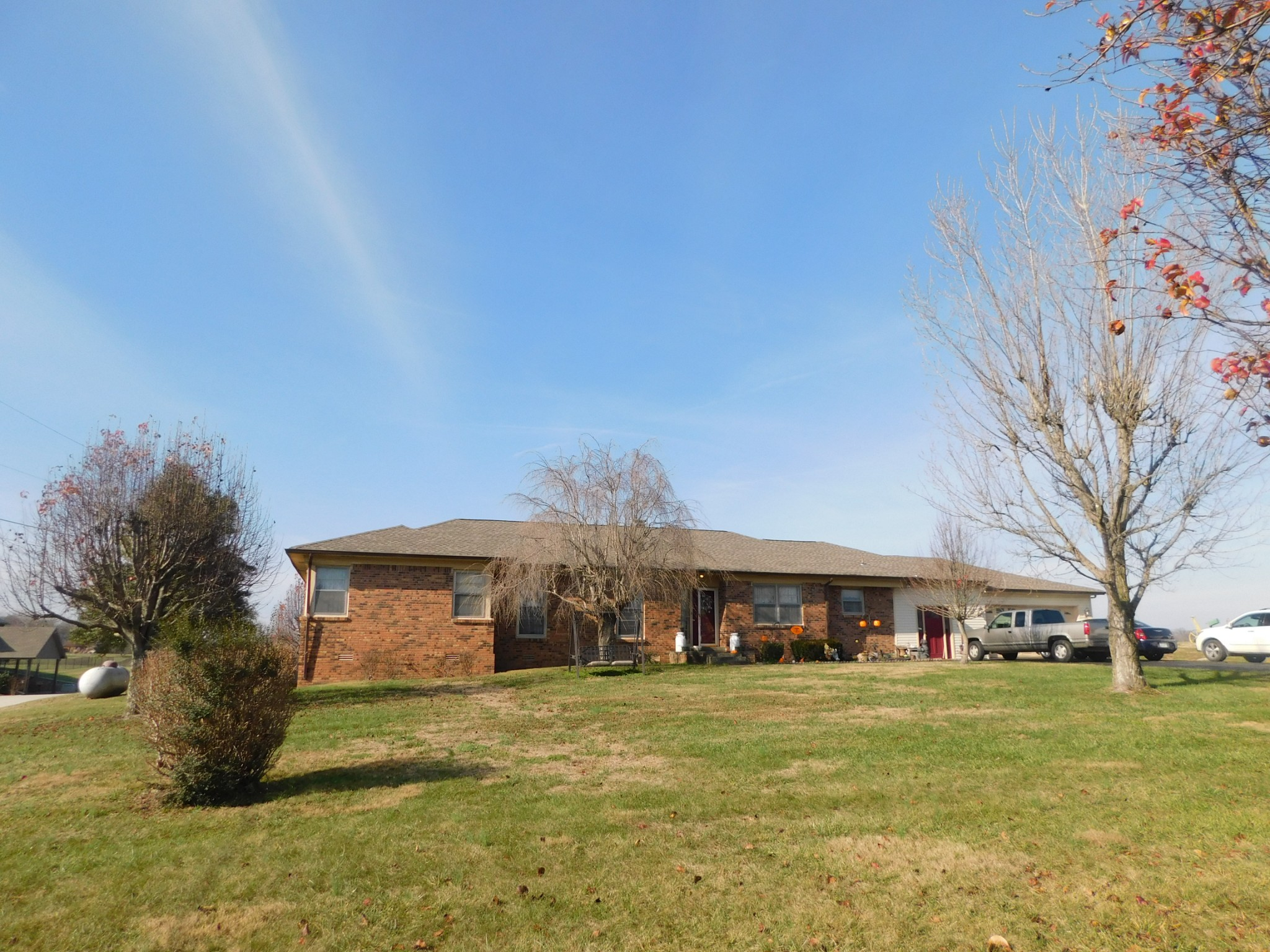 145 Greenfield Ln Property Photo - Castalian Springs, TN real estate listing
