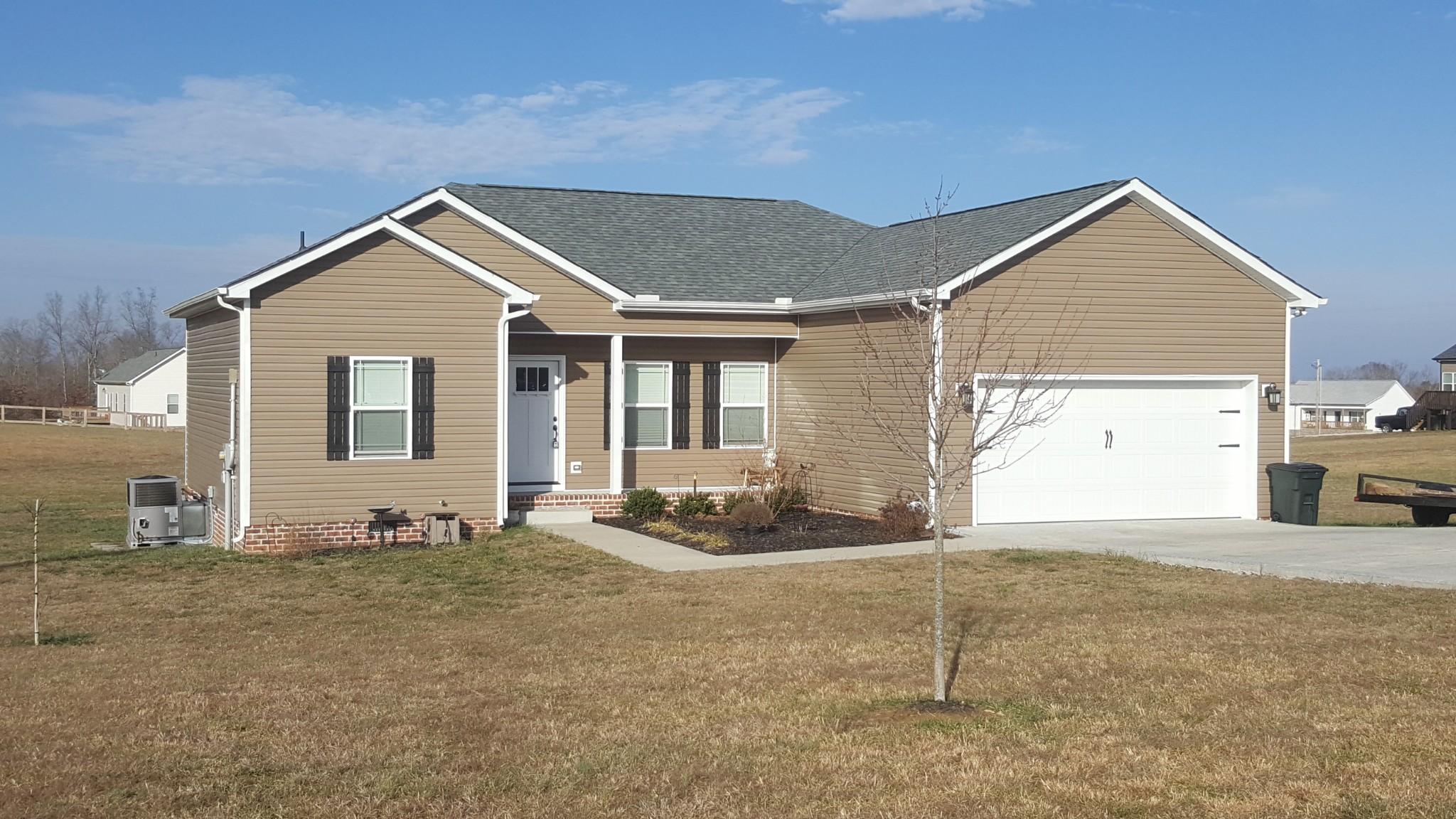 1063 Shelton Rd Property Photo - Charlotte, TN real estate listing