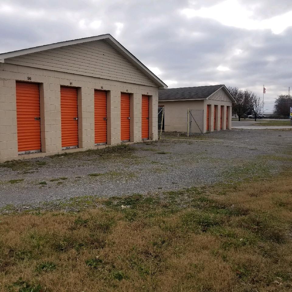 2842 Huntsville Hwy Property Photo