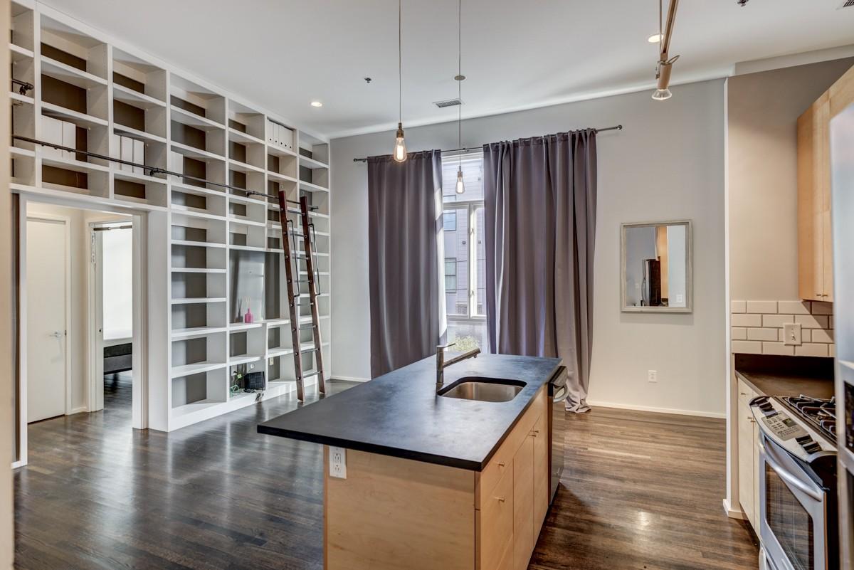 500 Madison St Apt 106 Property Photo