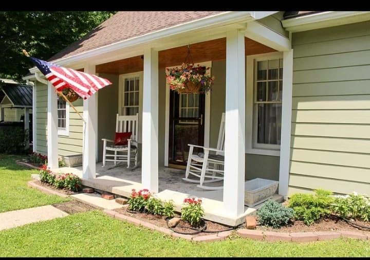 310 W Hill St W Property Photo - Waynesboro, TN real estate listing