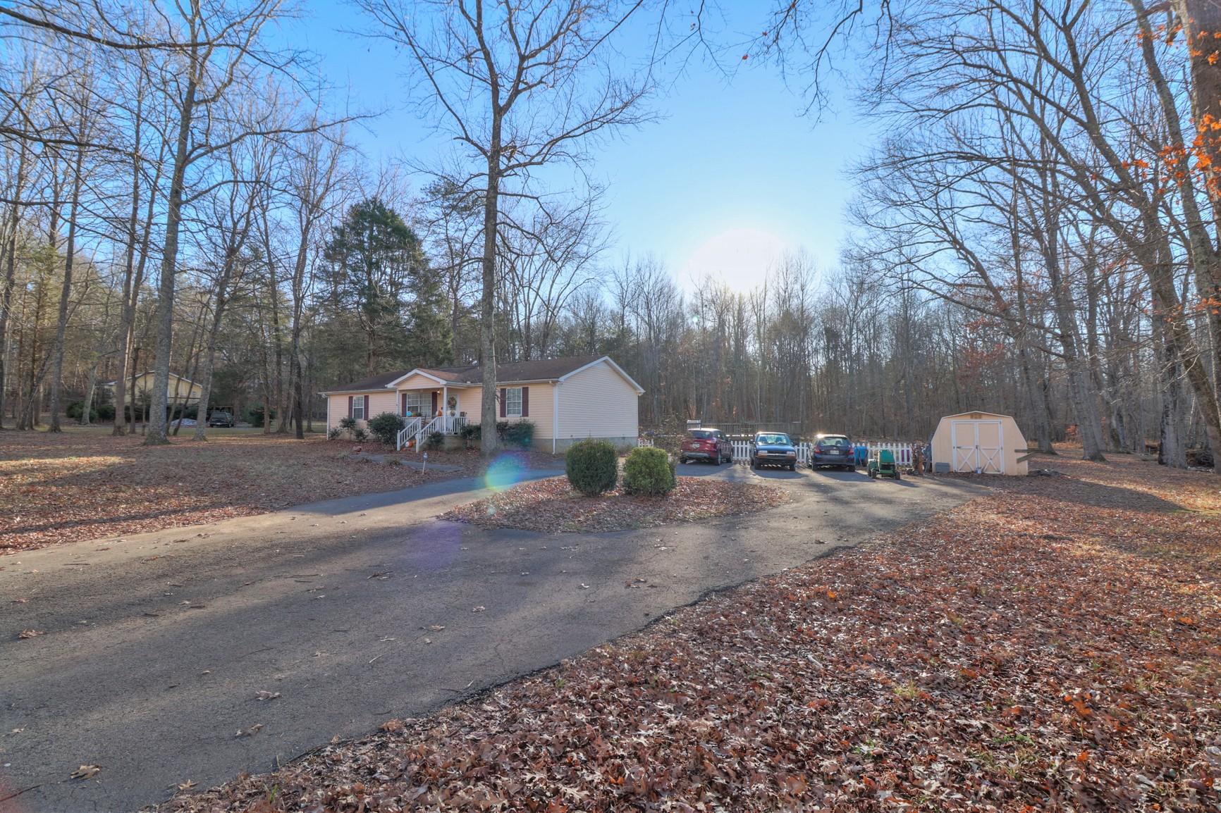 3633 Thomasville Rd Property Photo - Chapmansboro, TN real estate listing
