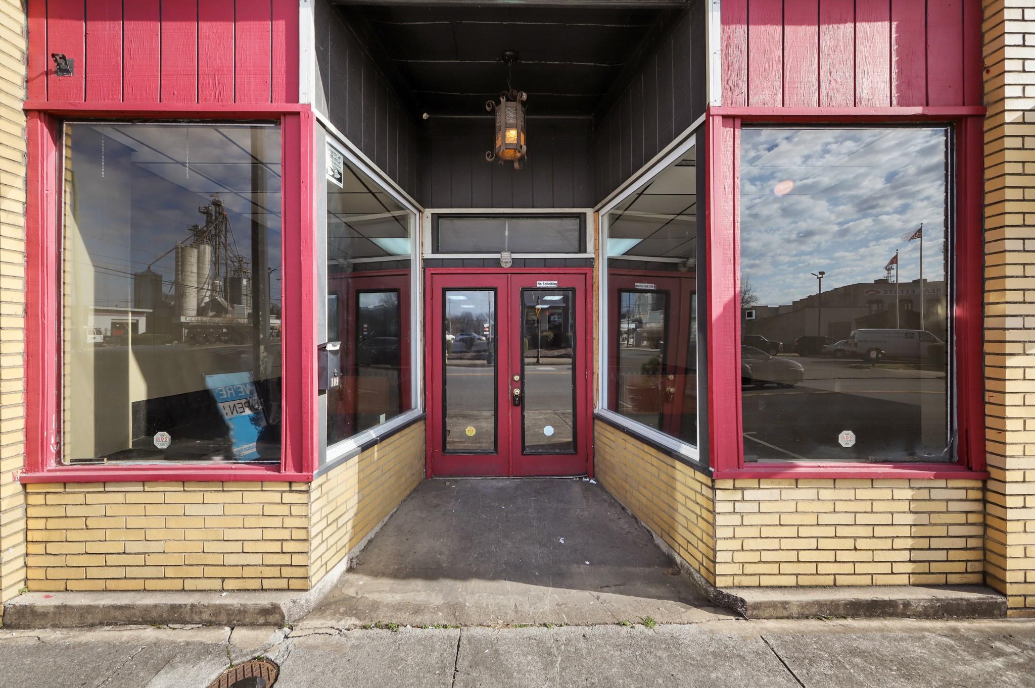 109 Cumberland St N Property Photo