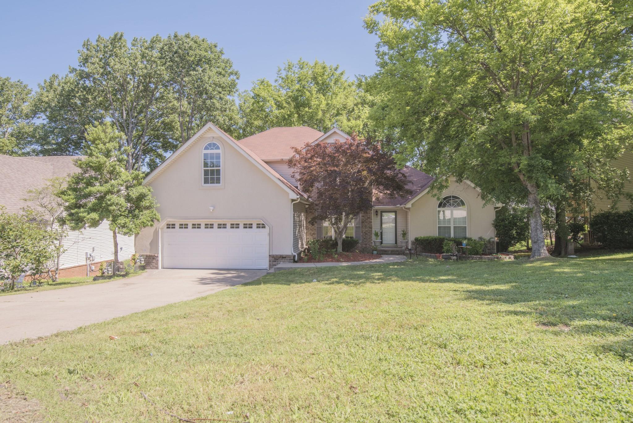 1213 Highland Hills Dr Property Photo - LA VERGNE, TN real estate listing