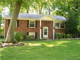 203 Robin Hood Dr Property Photo - Clarksville, TN real estate listing