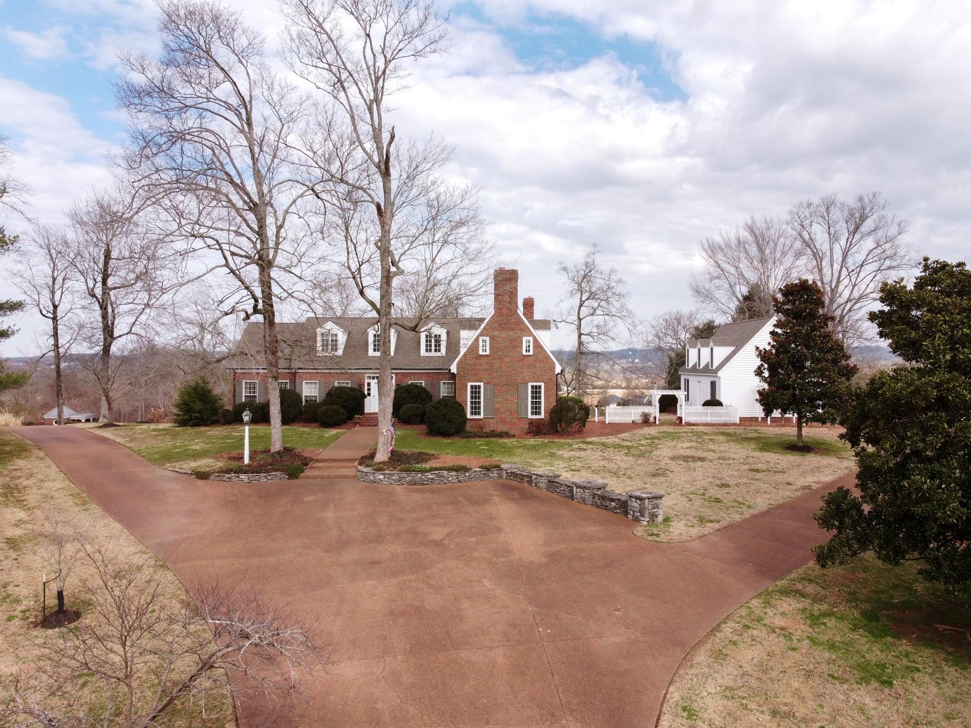 300 Hicks Cut Rd Property Photo - Pulaski, TN real estate listing