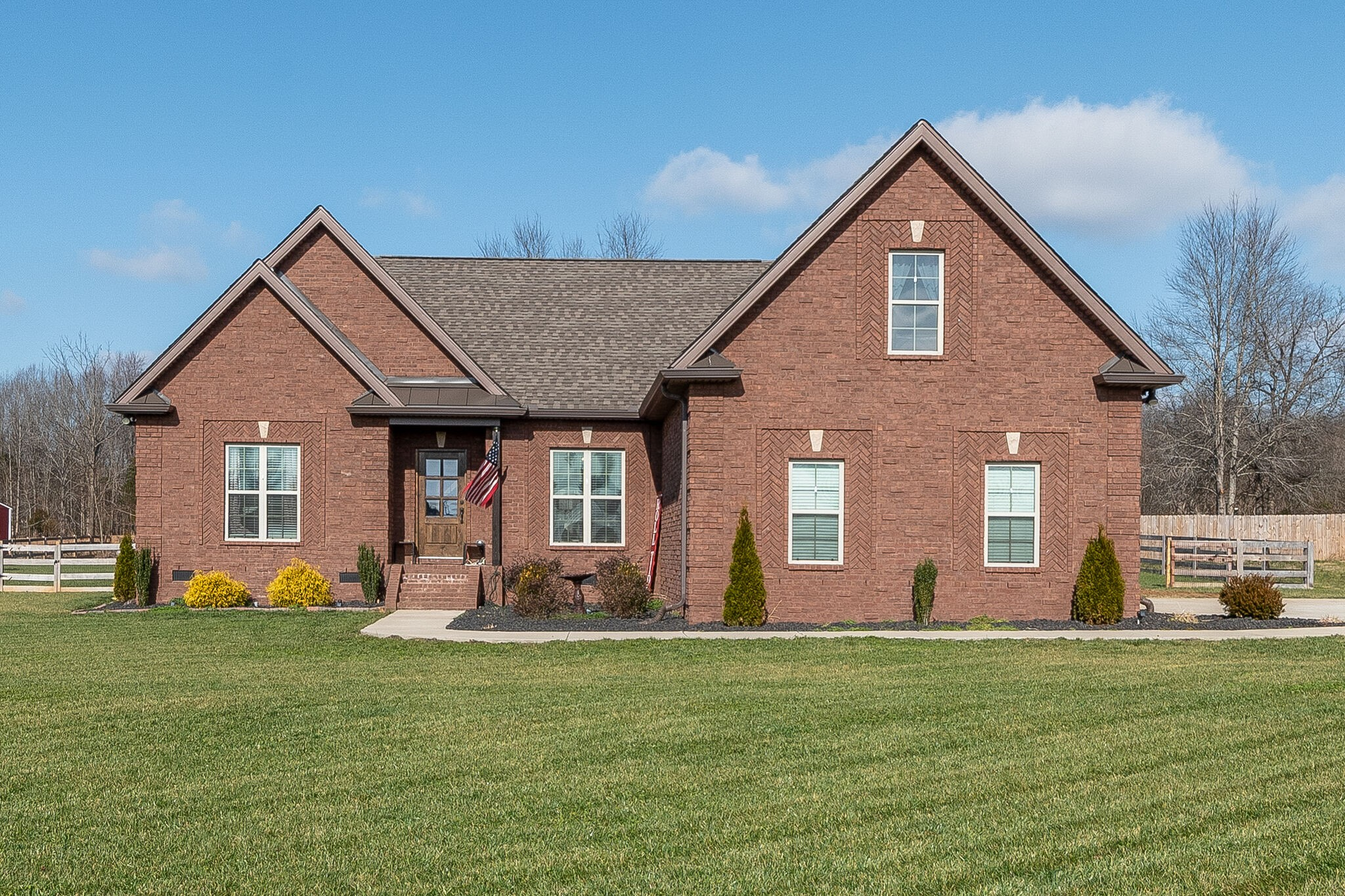 45 Tulip Ct Property Photo - Castalian Springs, TN real estate listing