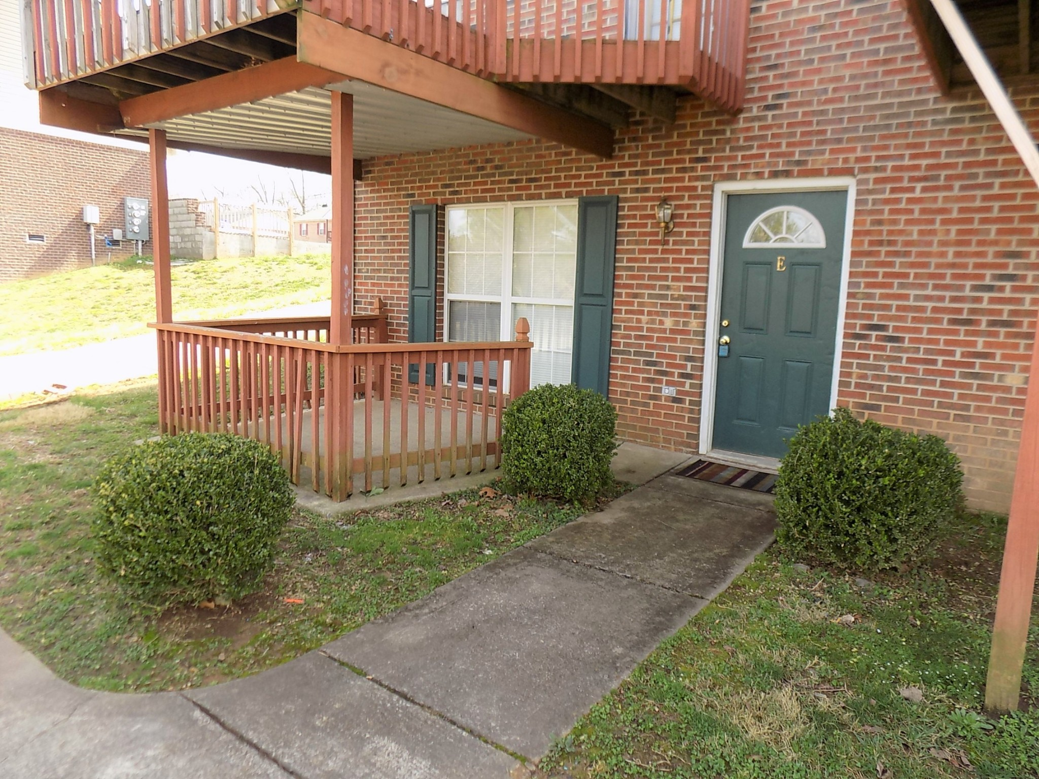 1232 Parkway Pl #F Property Photo - Clarksville, TN real estate listing