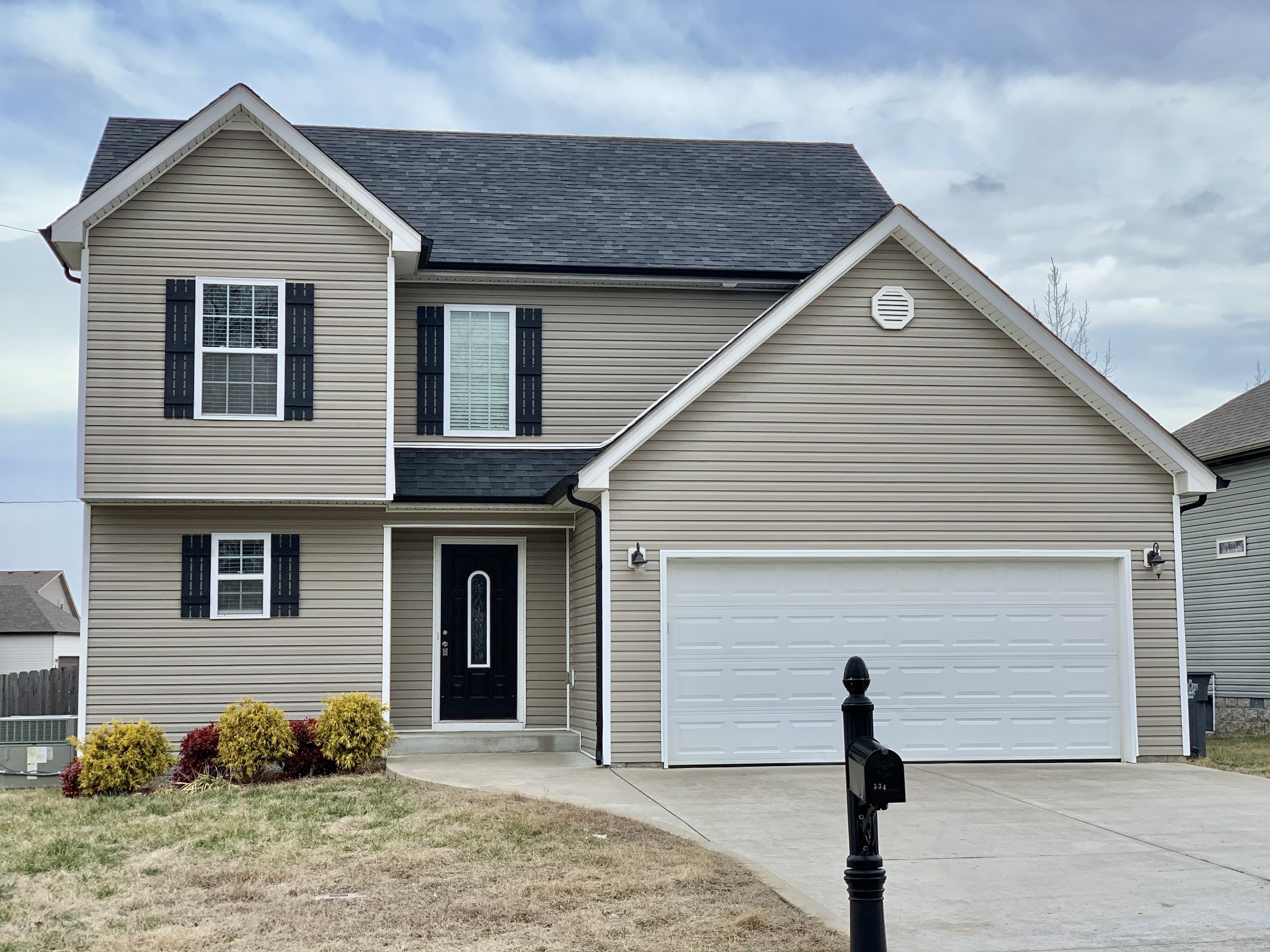 534 Magnolia Dr Property Photo - Clarksville, TN real estate listing