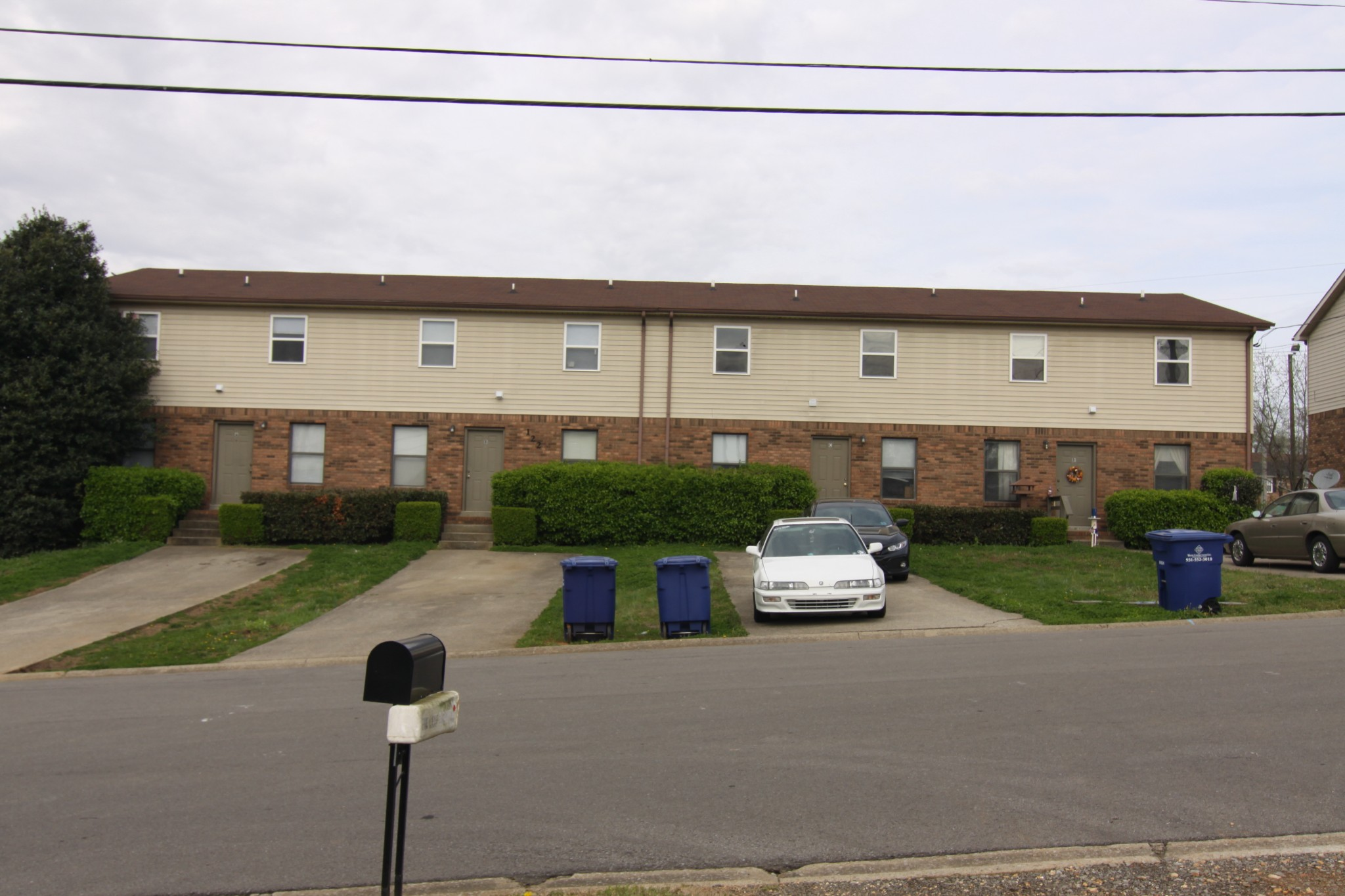 122 Stephanie Drive Property Photo - Clarksville, TN real estate listing