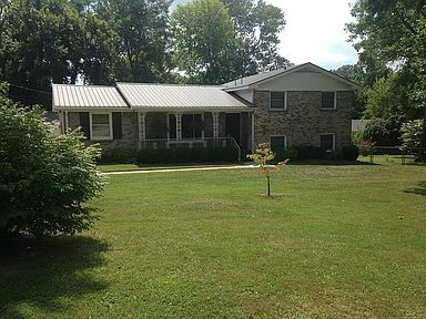 401 Old Hopkinsville Hwy Property Photo - Clarksville, TN real estate listing