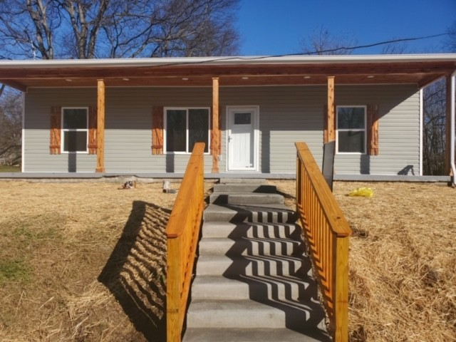 108 Union St Property Photo - Mount Pleasant, TN real estate listing