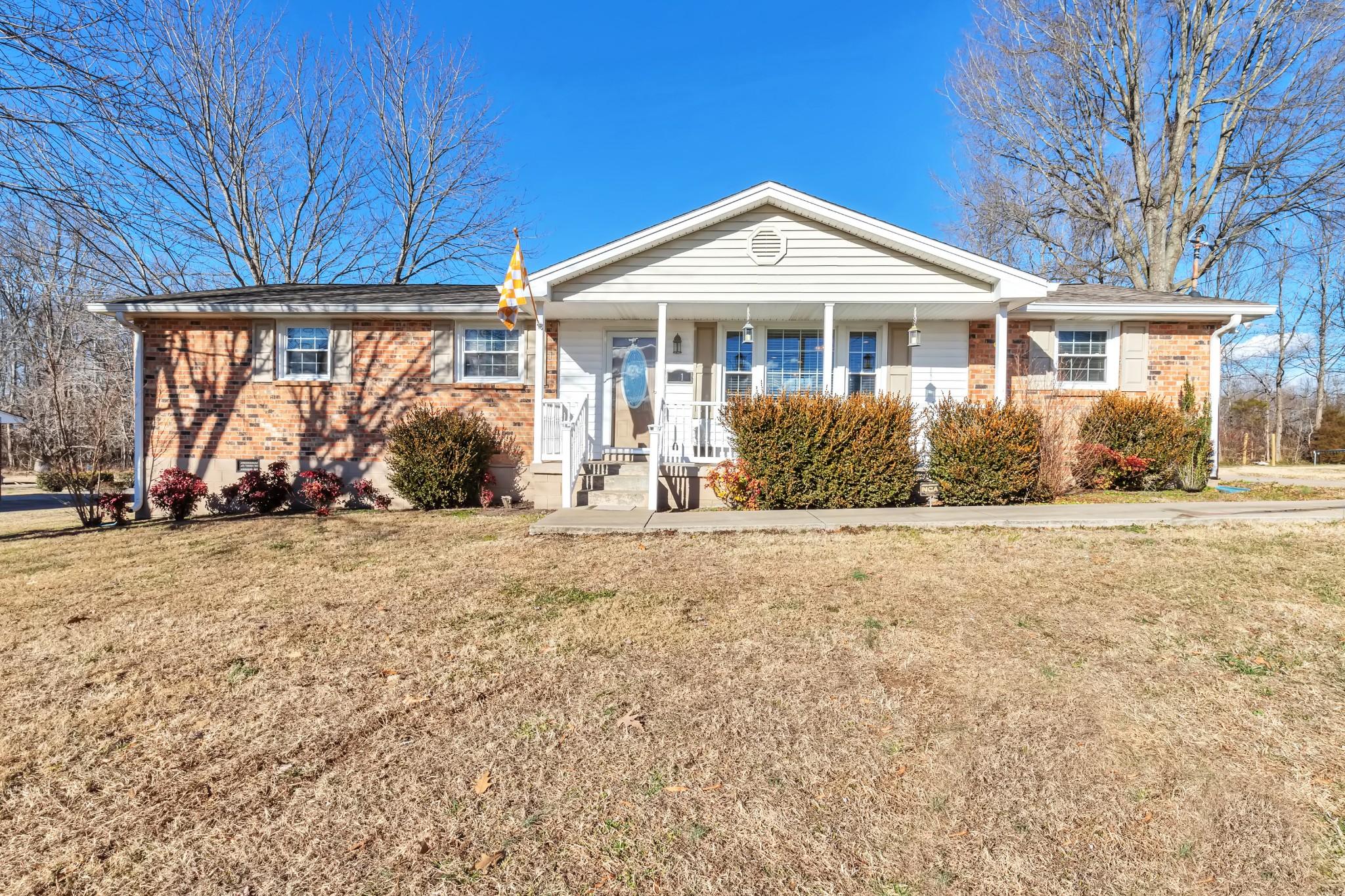 1018 Interstate Cir Property Photo - Cedar Hill, TN real estate listing
