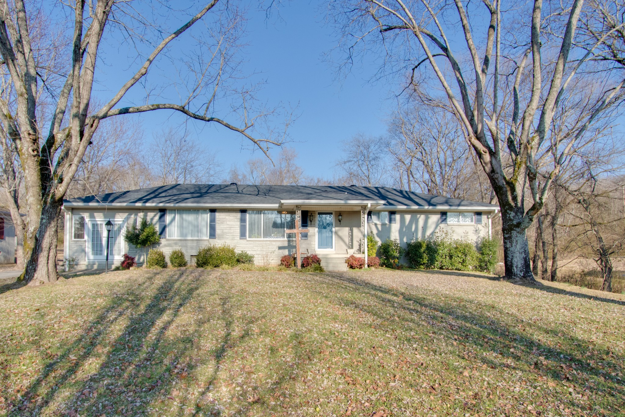 230 Dixon Springs Hwy Property Photo - Carthage, TN real estate listing