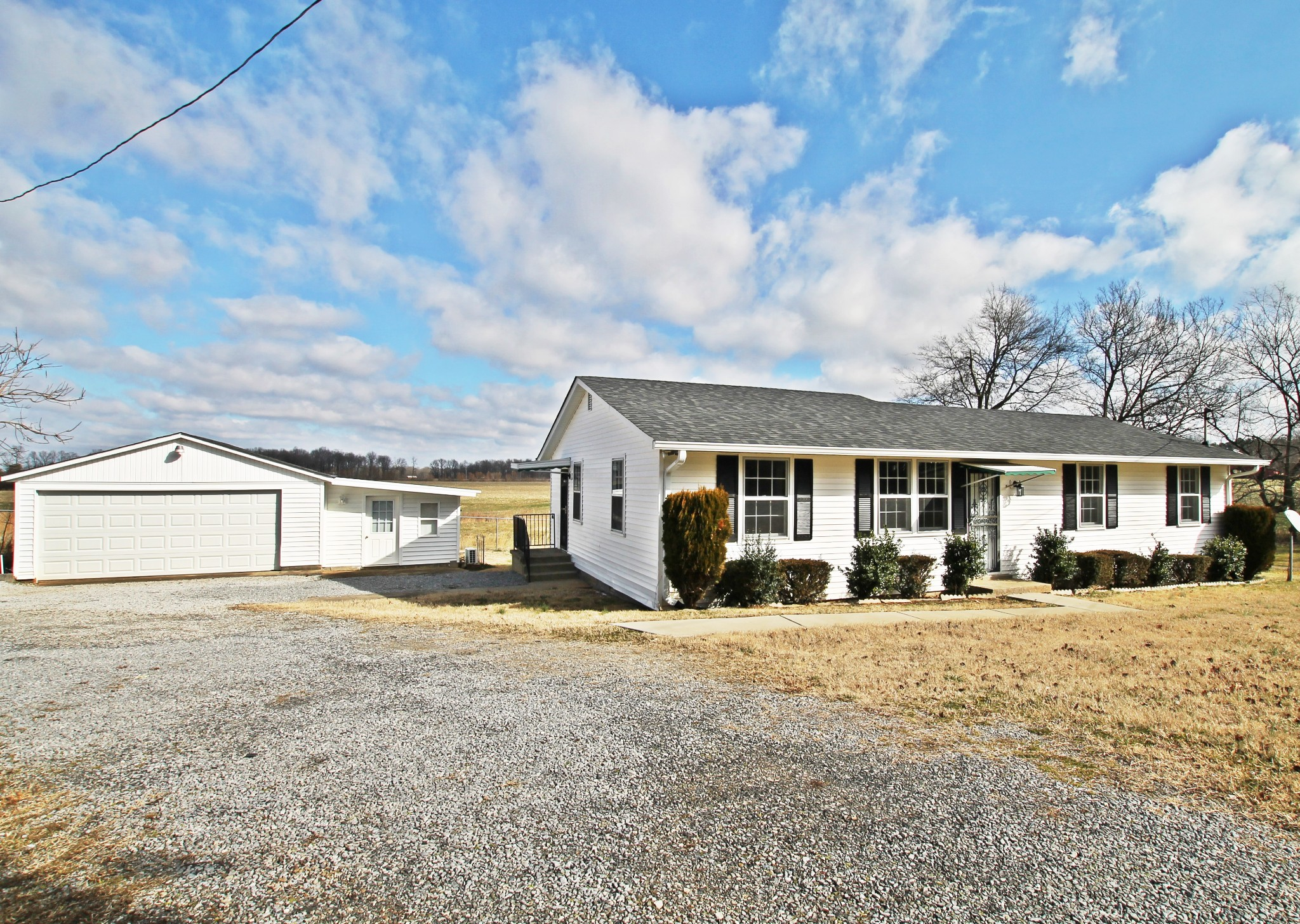 6647 Highway 41 N Property Photo - Cedar Hill, TN real estate listing