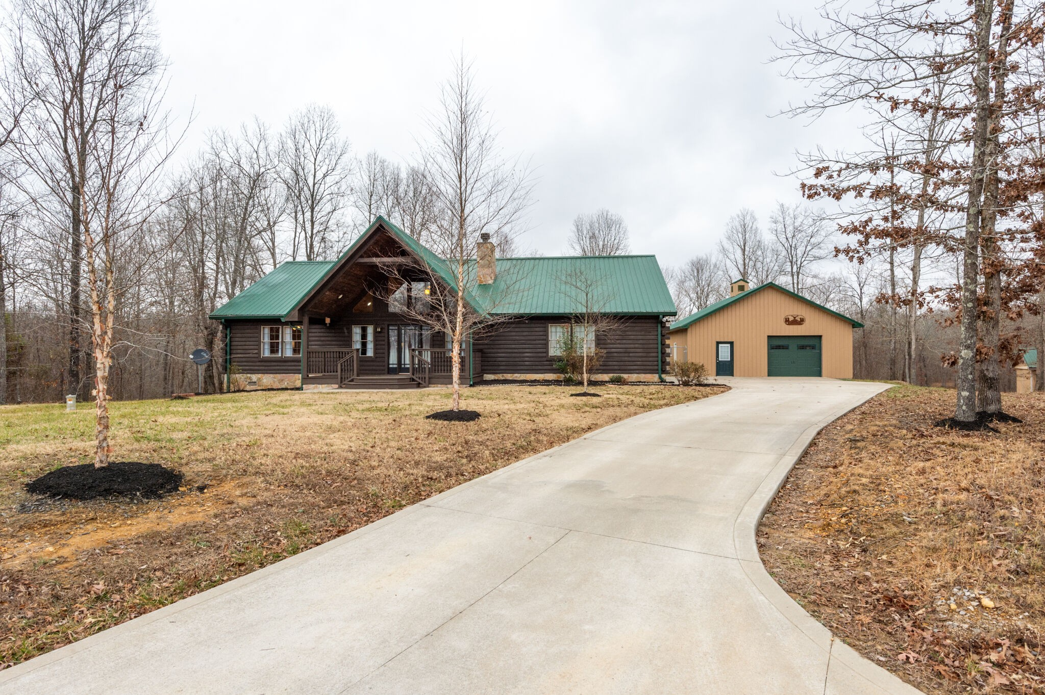 125 Chirp Ct Property Photo - Waverly, TN real estate listing