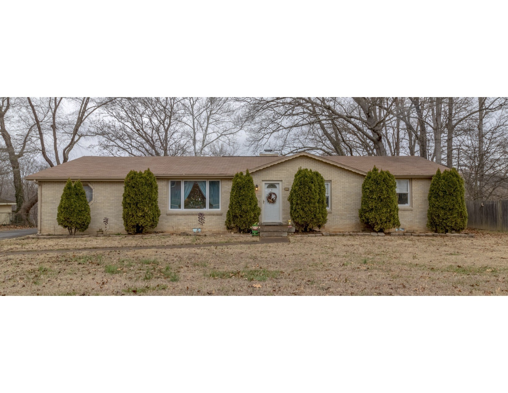 145 Saratoga Dr Property Photo - Clarksville, TN real estate listing