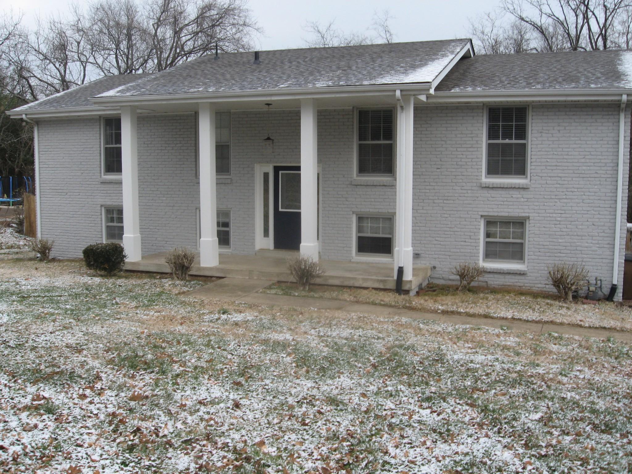 2716 Mossdale Dr Property Photo - Nashville, TN real estate listing