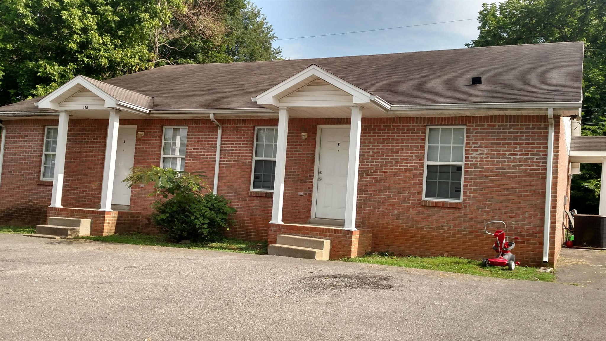 176 Hadley Dr #A Property Photo - Clarksville, TN real estate listing