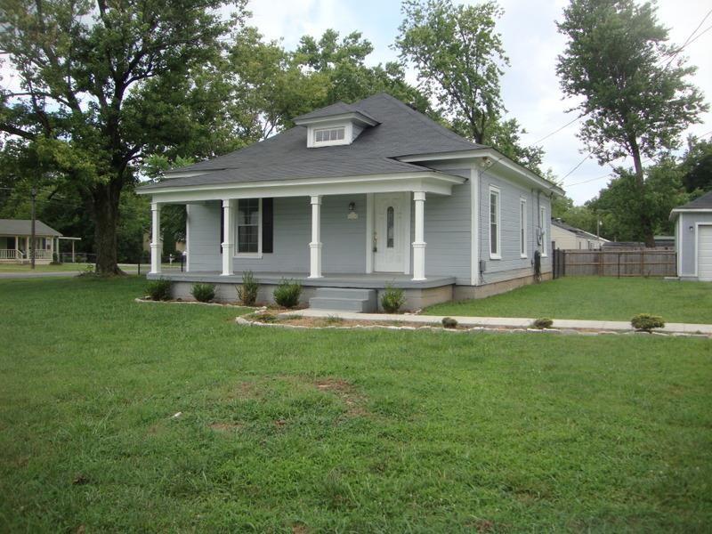722 Lynn Street Property Photo - Murfreesboro, TN real estate listing