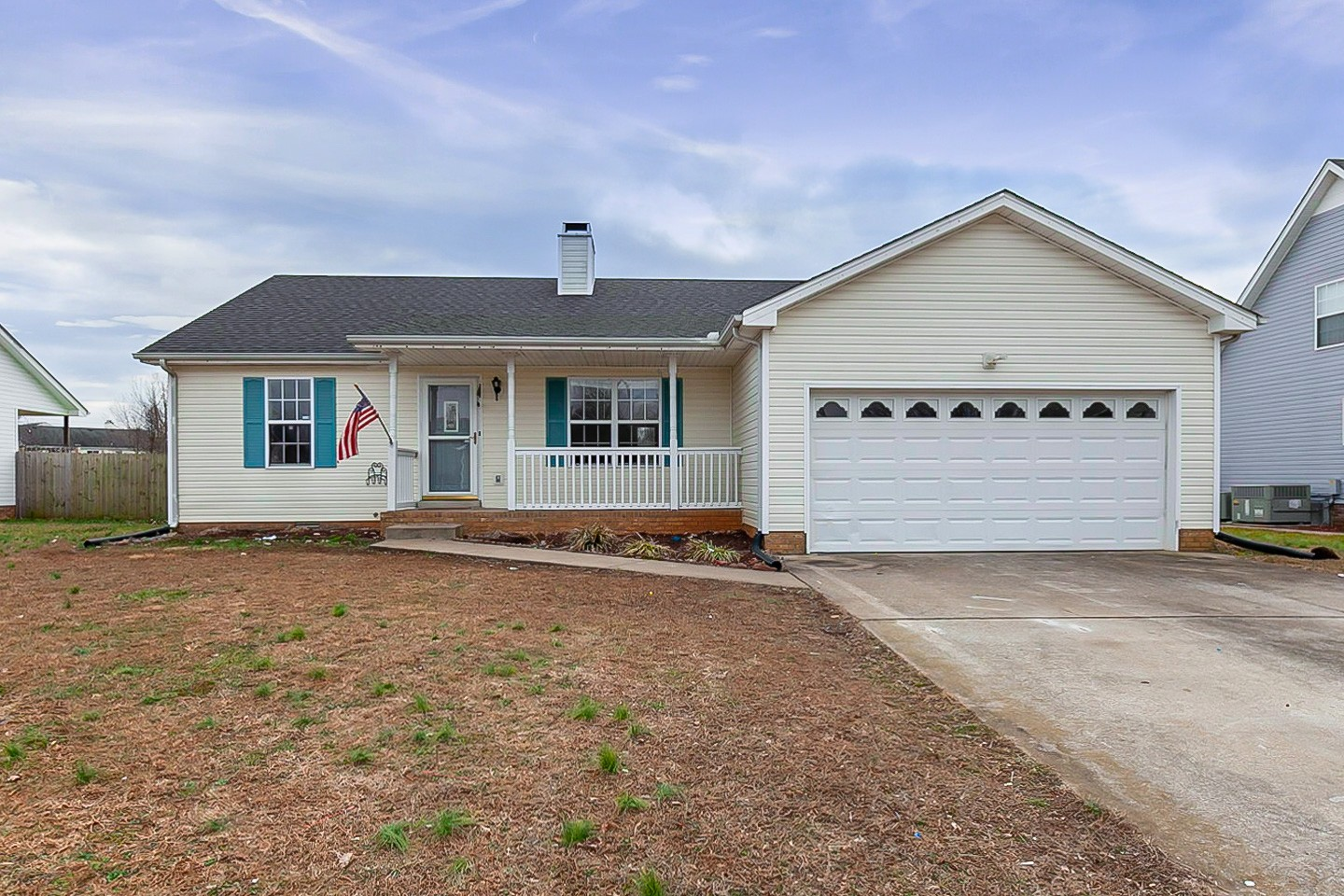 1961 Whirlaway Cir Property Photo - Clarksville, TN real estate listing