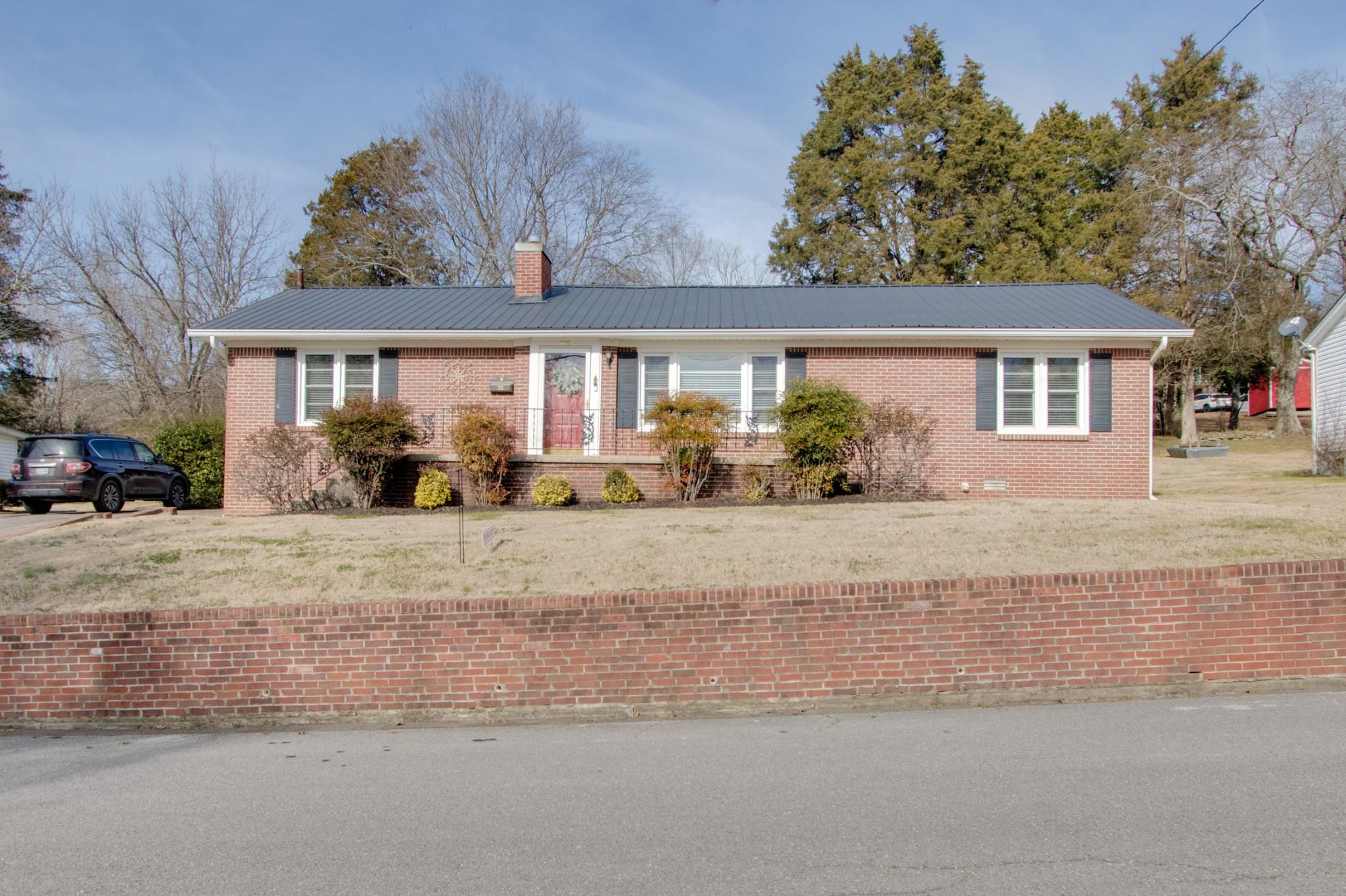 715 Jefferson Ave E Property Photo - Carthage, TN real estate listing