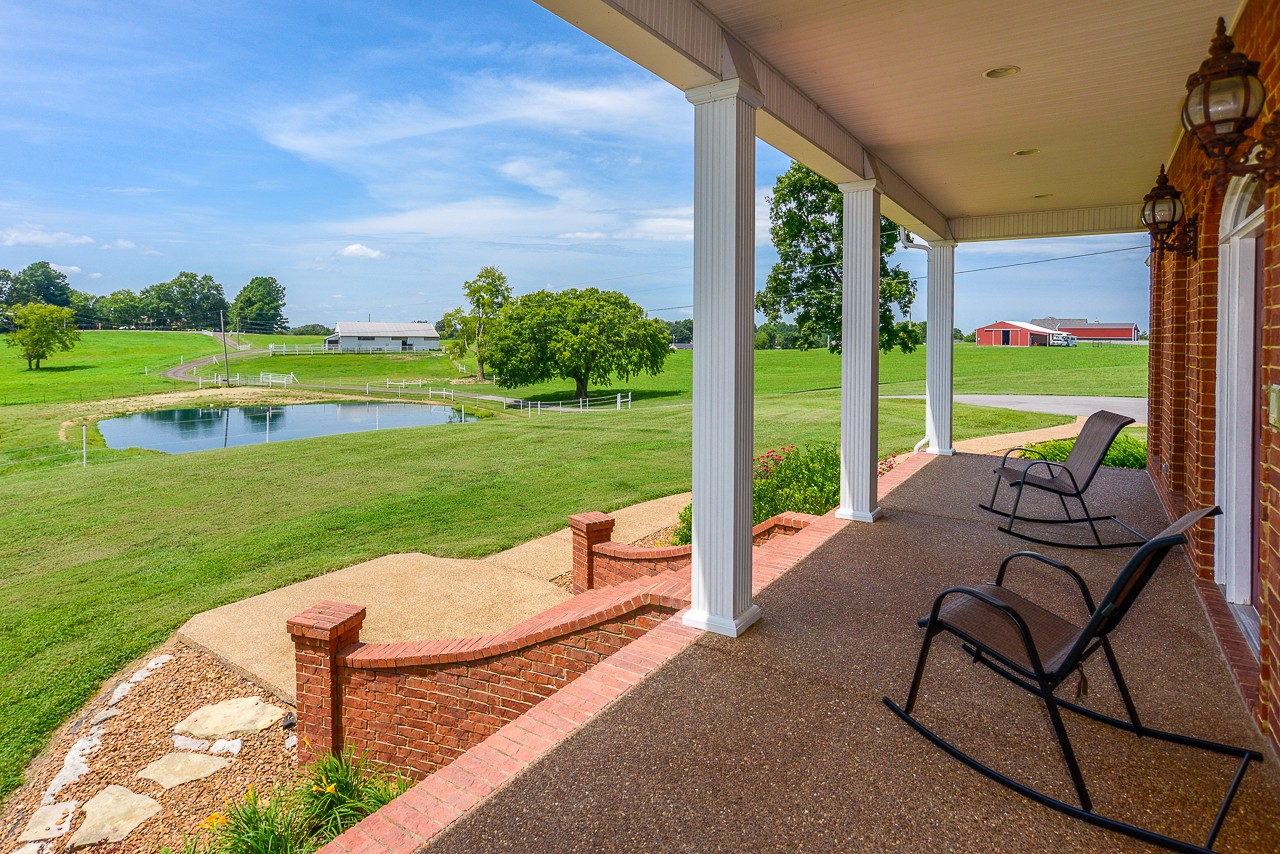 147 Coble Rd Property Photo - Shelbyville, TN real estate listing