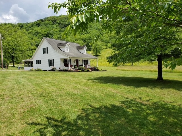 6 Rose Ln Property Photo - Elmwood, TN real estate listing