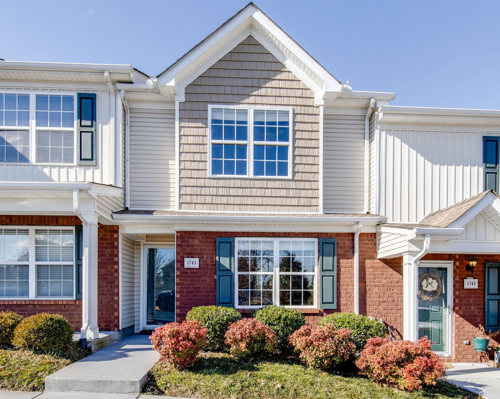 1743 Red Jacket Dr Property Photo - Antioch, TN real estate listing