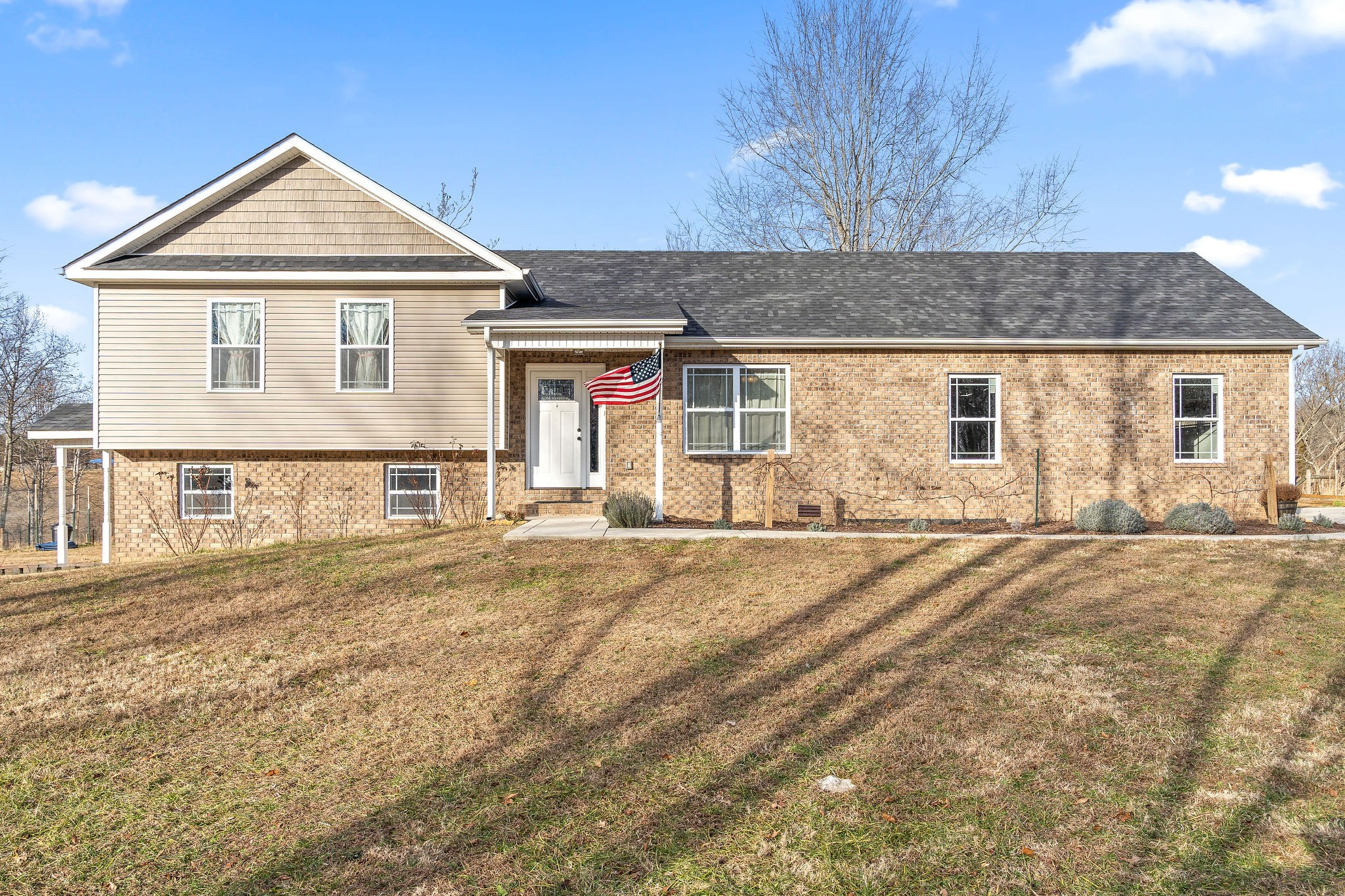 4503 Cumberland City Rd Property Photo - Indian Mound, TN real estate listing