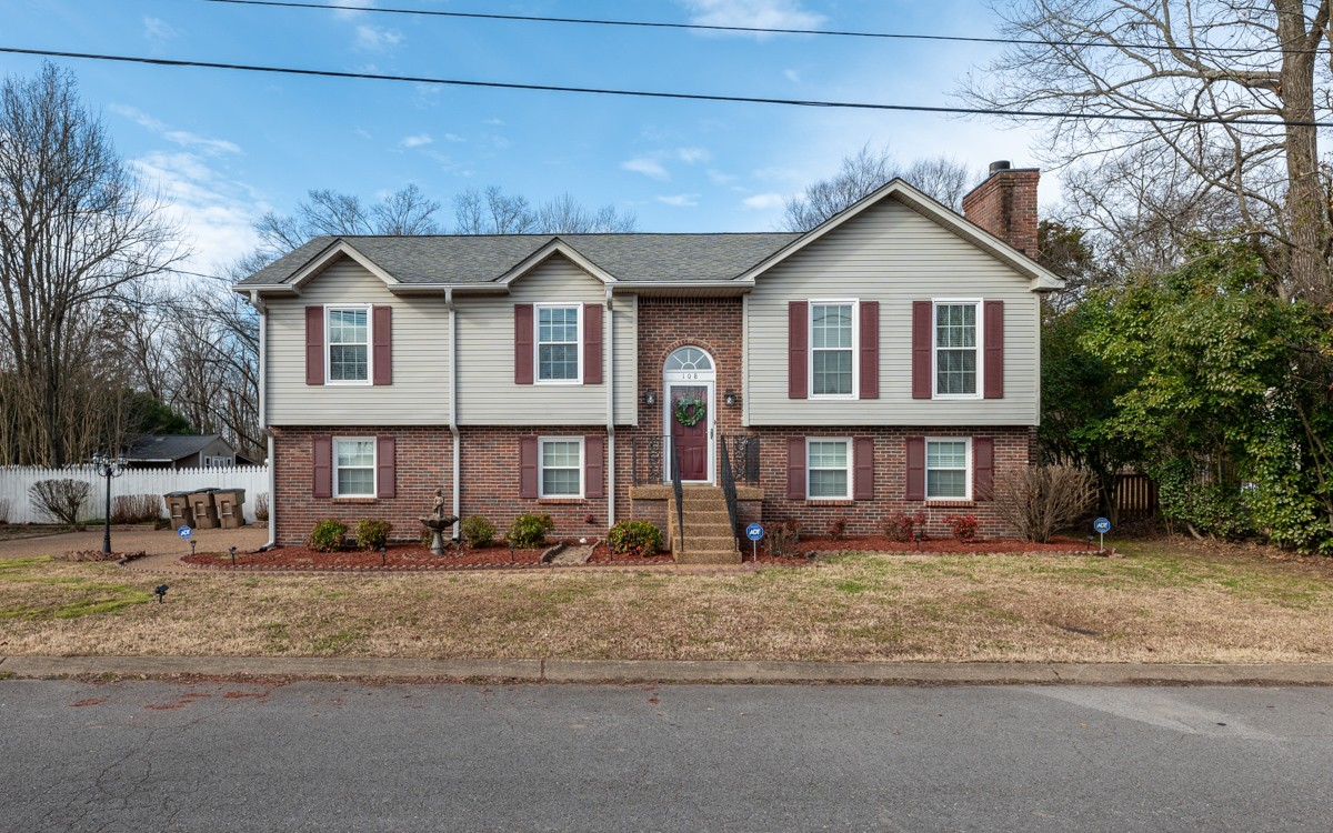 108 Smith Springs Ct Property Photo - Nashville, TN real estate listing