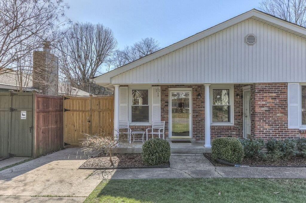 2711 W Linden Ave #A Property Photo - Nashville, TN real estate listing