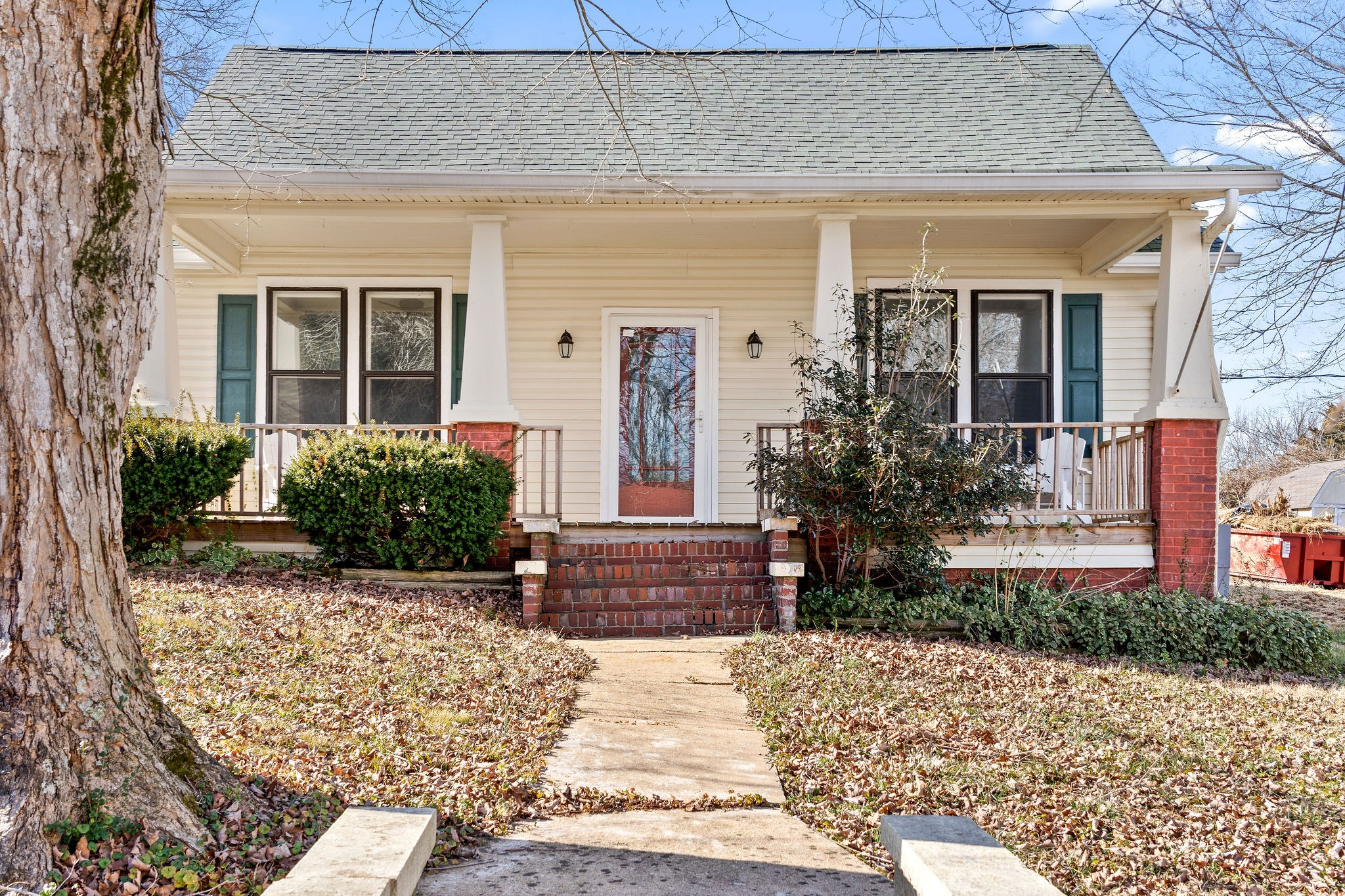 302 Main St Property Photo - Cumberland City, TN real estate listing