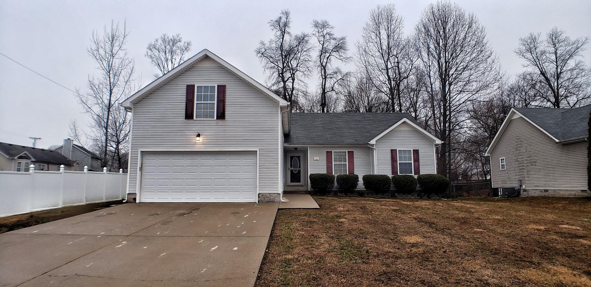 1381 Scrub Oak Dr Property Photo - Clarksville, TN real estate listing