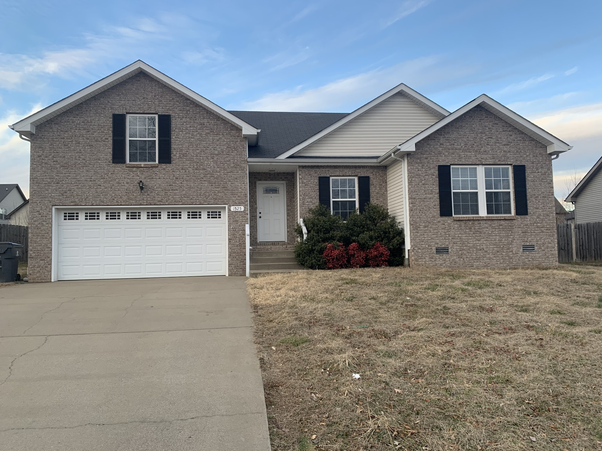 1525 Apache Way Property Photo - Clarksville, TN real estate listing
