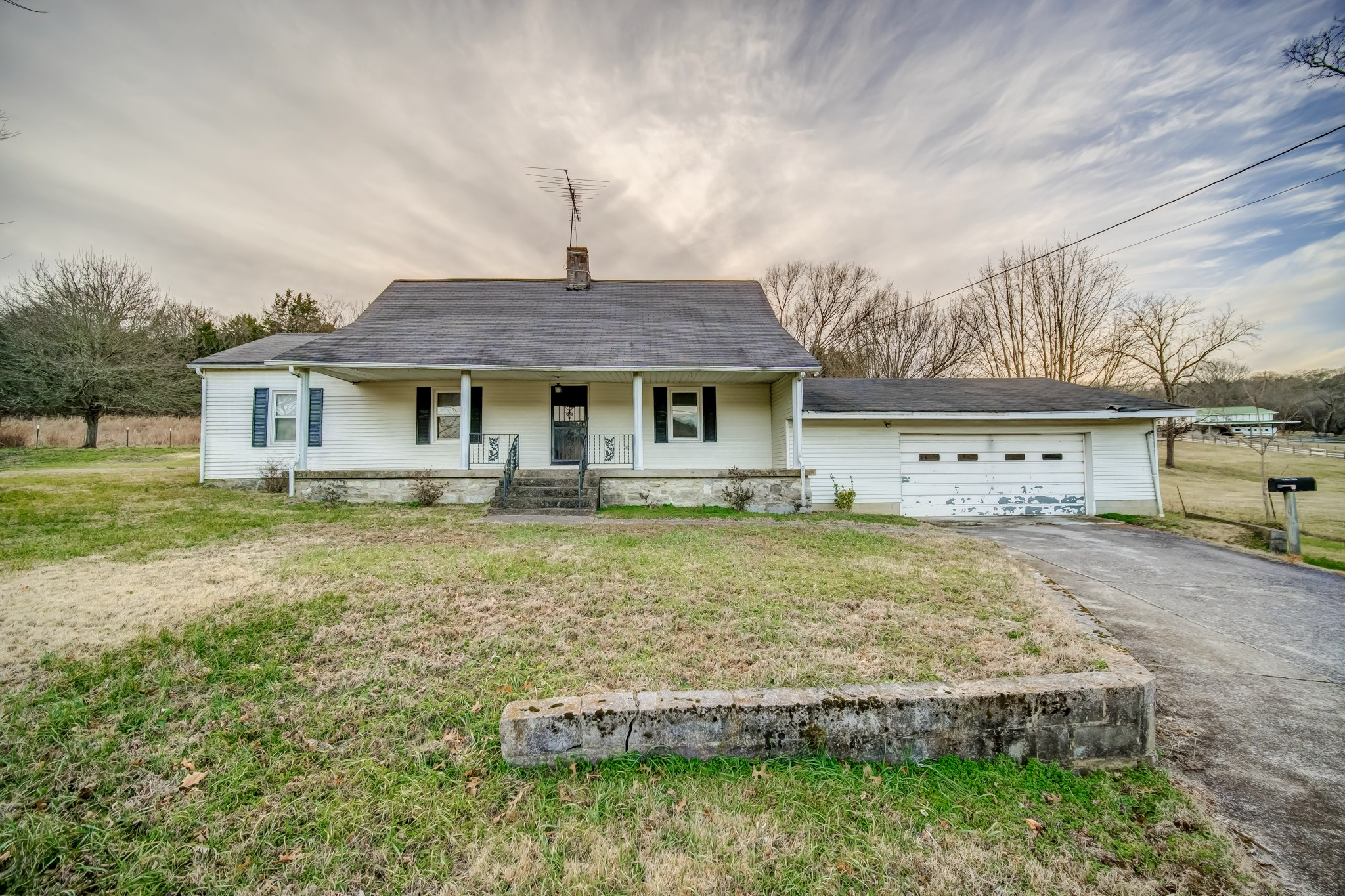 1010 Patton Hollow Rd Property Photo - Watertown, TN real estate listing