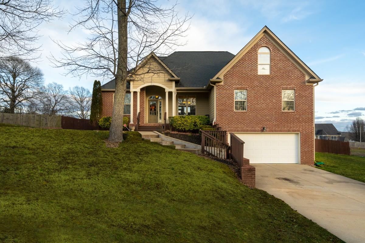 122 Laken Ln Property Photo - Dickson, TN real estate listing