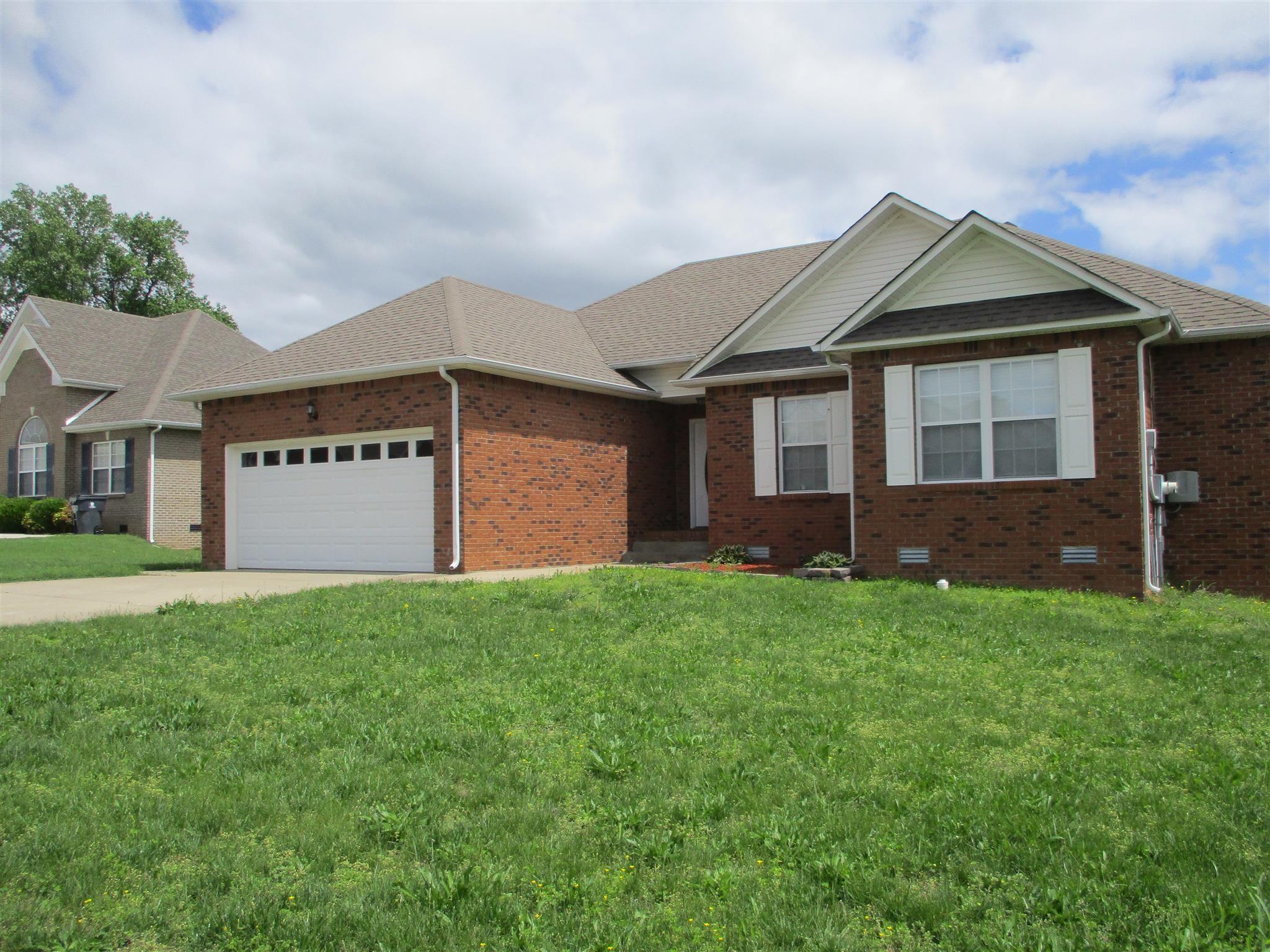 3287 Twelve Oaks Blvd Property Photo - Clarksville, TN real estate listing